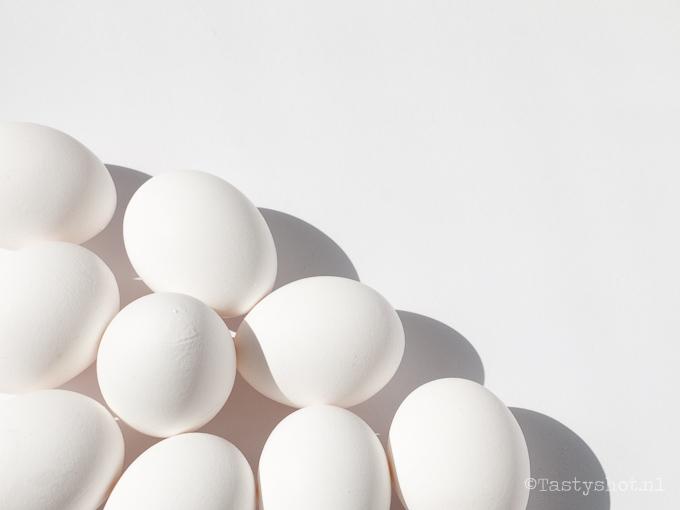 witte eieren, white eggs - www.tastyshot.nl